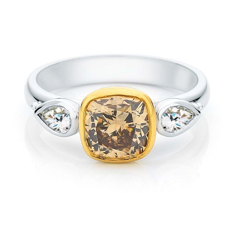 Cognac Diamond Granulation Ring