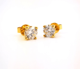 Yellow gold diamond claw set stud earrings, Melbourne Australia.